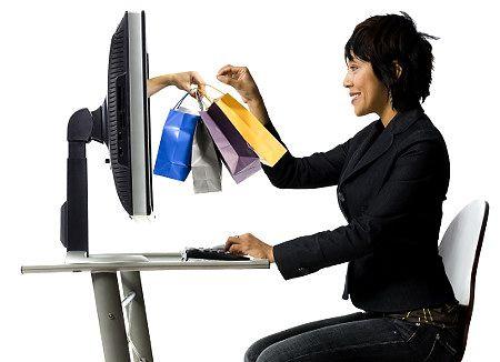 Acquisti online, nuovi diritti a protezione dei consumatori