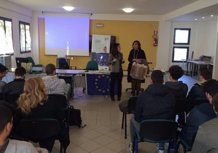 """I infoday """"Generazione Europa"""" all'Istituto F. Giordani di Caserta 17 dicembre 2015"""